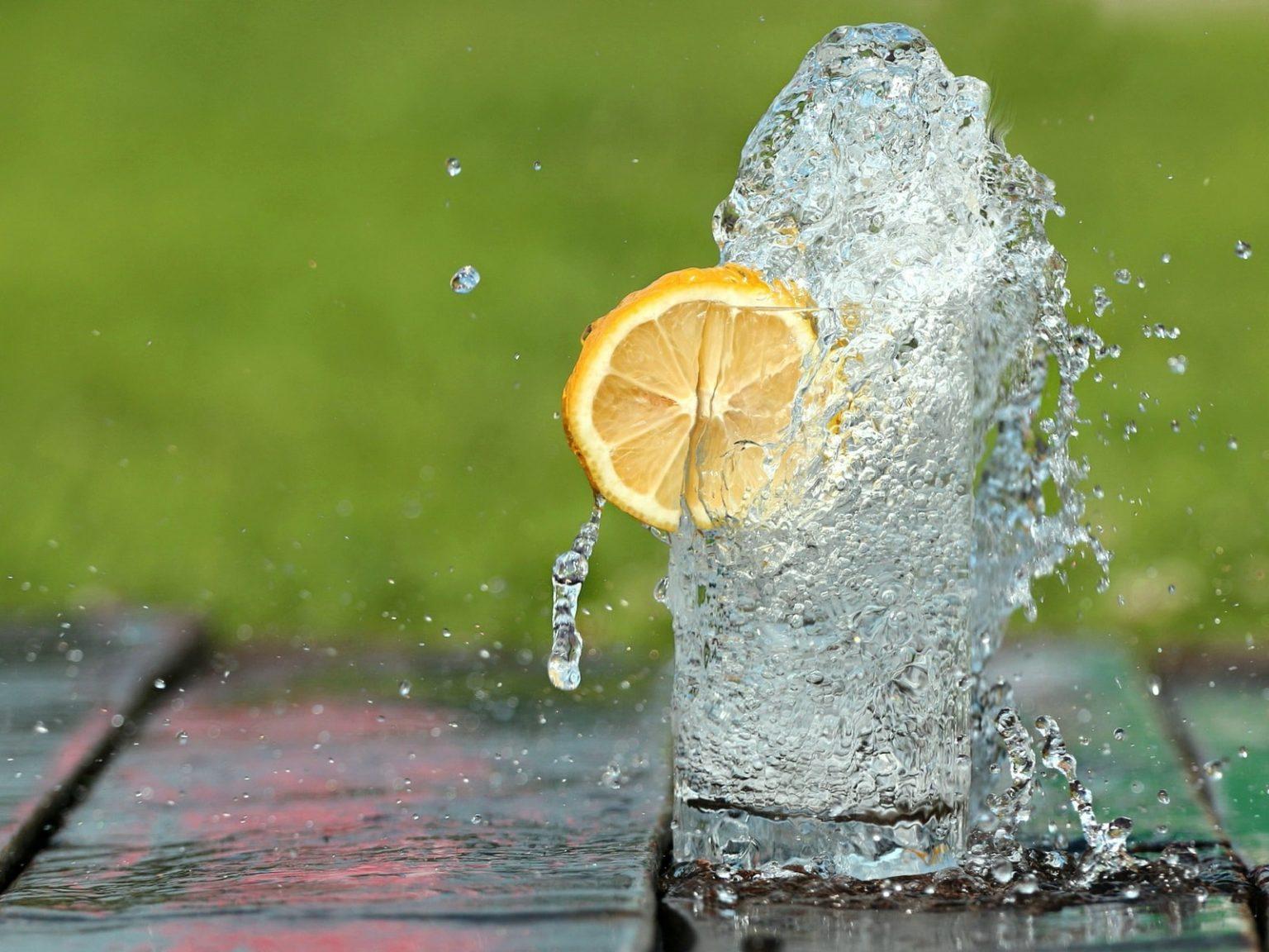 потребление воды улучшает метаболизм