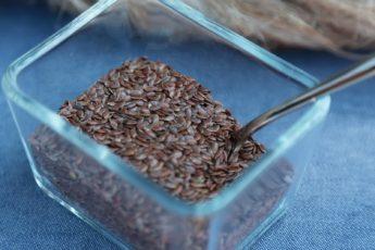 Семена льна для кишечника – польза и как принимать