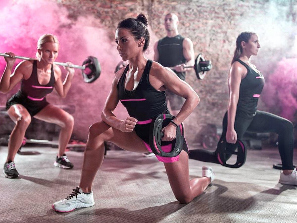 Круговая тренировка дома для начинающих: упражнения для мышц и выносливости